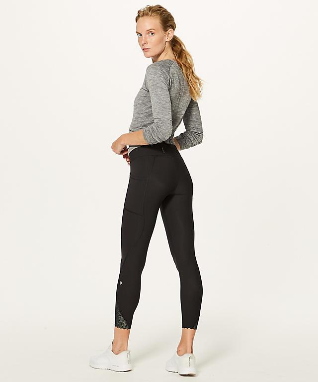 Lululemon Tight Stuff Scalloped Hem Legging Sz 4