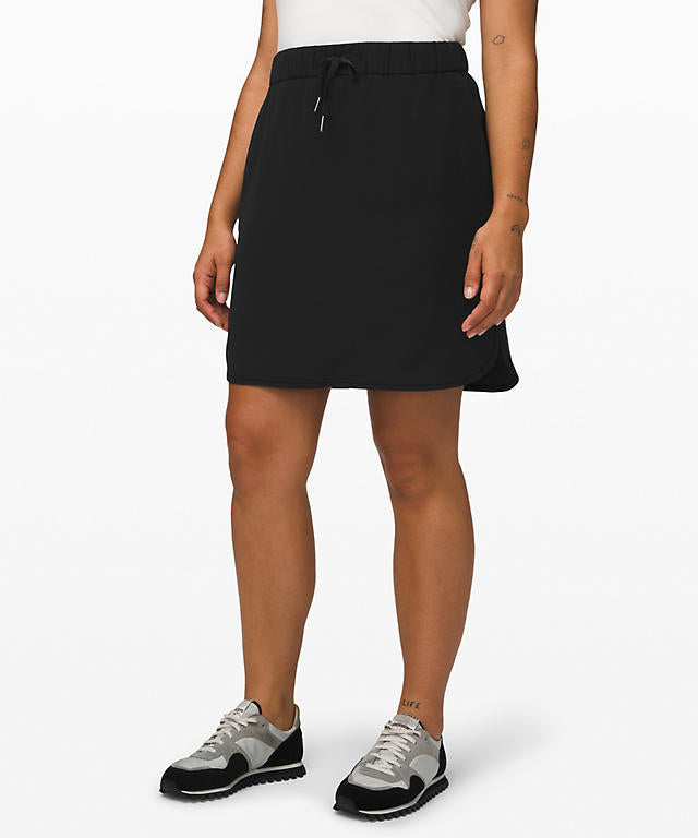 Lululemon On the Fly Skirt Sz. 2
