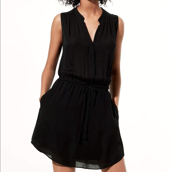 Aritzia Babaton Benedict Dress Sz: S