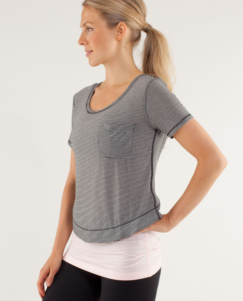 Lululemon Calm Shirt Sz: 6
