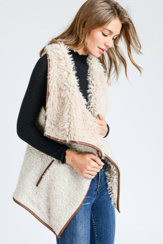 Love Tree Faux Shearling Vest Sz: M