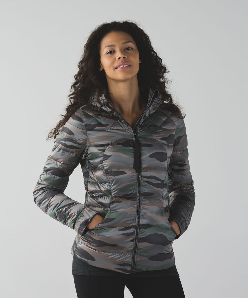 Lululemon Fluffin Awesome Jacket Sz 4