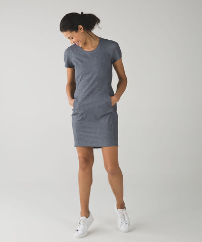 Lululemon Go Endeavor Dress Sz 6-8