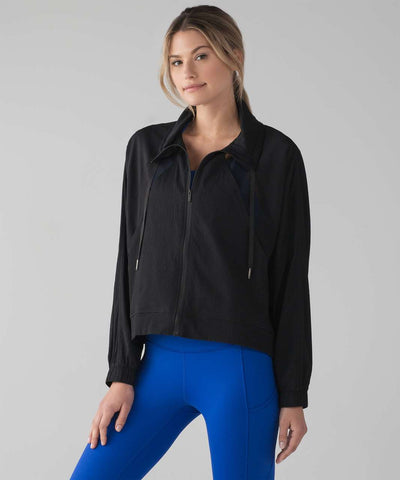 Lululemon In Depth Jacket NWT Sz: 2