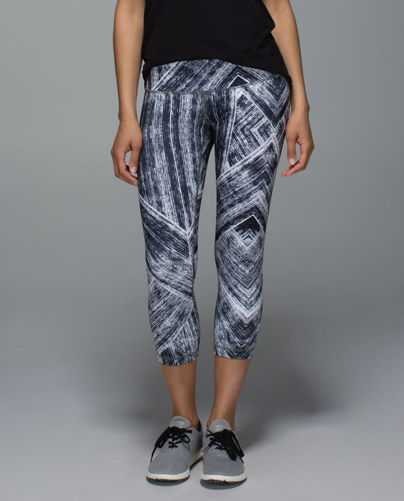 Lululemon Wunder Under II Sz. 10