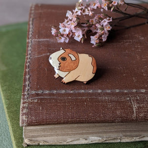 Guinea Pig Pin Badge - Brown/White - Everything Guinea Pig