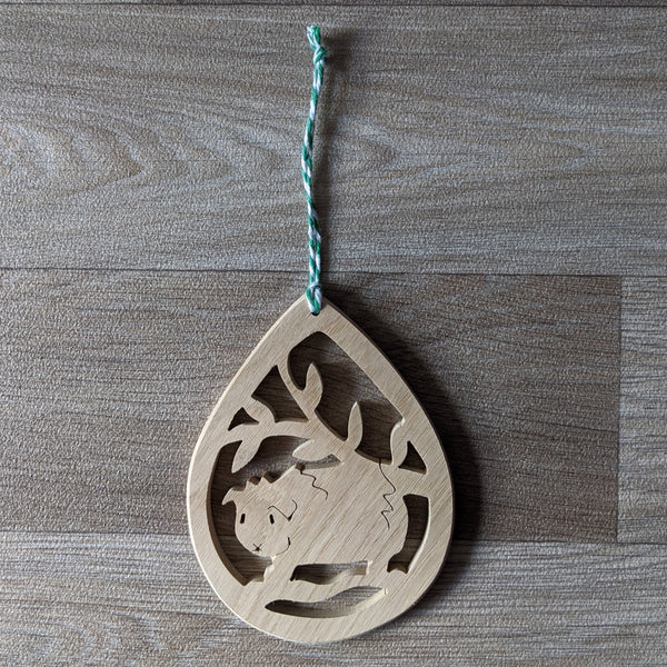Oak Guinea Pig Decorative Hanger - Green Twine - Everything Guinea Pig