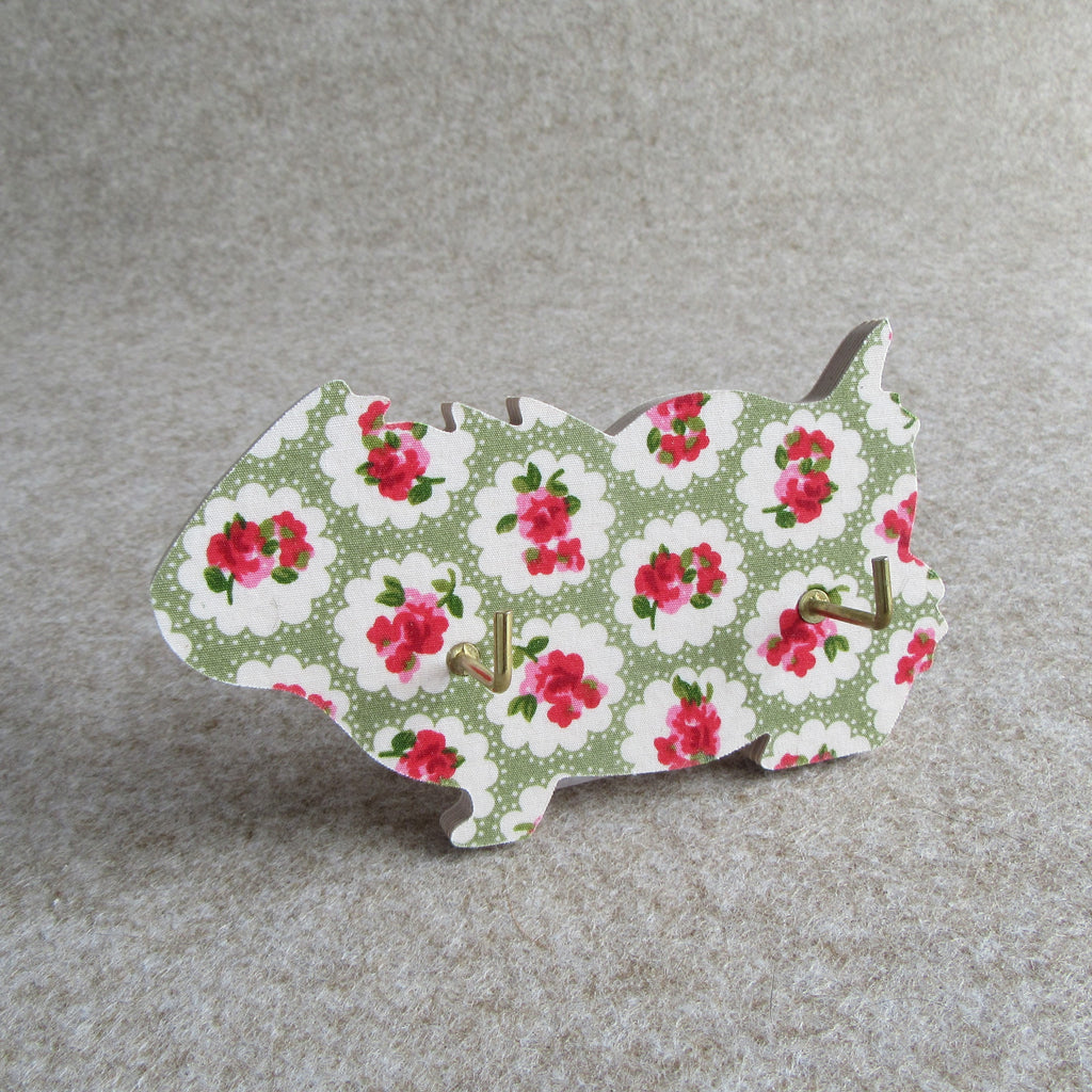 Wall-mounted guinea pig key hook - green floral design