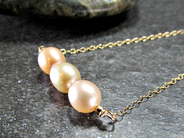 Peach Pearl Necklace, 14K Gold Filled Necklace, Freshwater Pearl Bar Necklace, Pearl Bridesmaid Necklace, Beach Jewelry, Girlfriend Gift