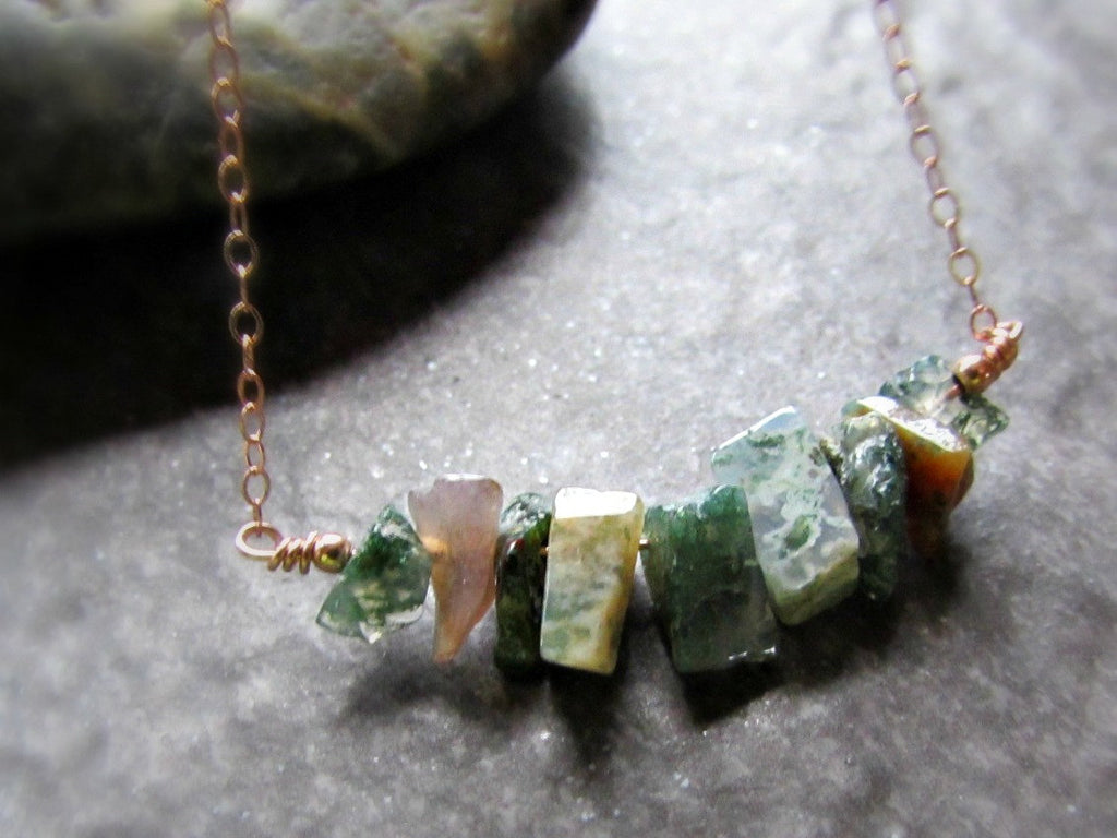 Green Indian Agate Chip Necklace