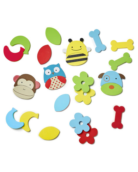 Skip Hop Zoo Foam Bath Pals stick to shower wall, fun zoo theme