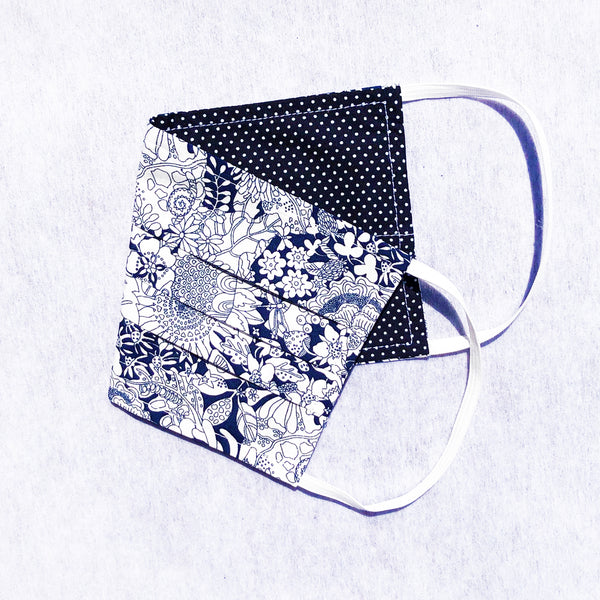 Pack of 3 Face Masks Navy Daisy - available now!