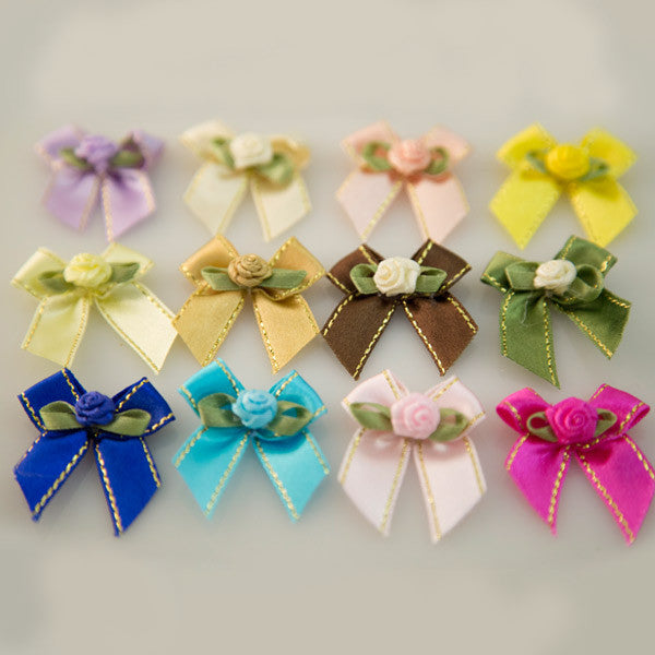 Pet Grooming Bows - Classic Roses - Detail