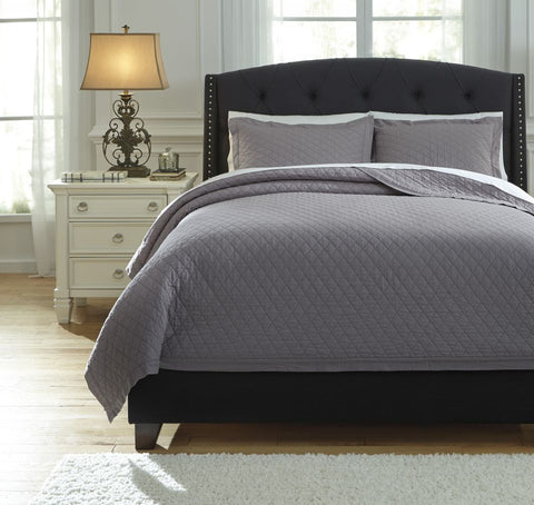 Alecio Gray Queen Quilt Set