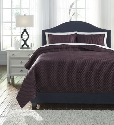Dietrick Plum King Quilt Set
