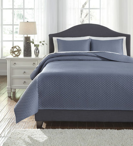 Dietrick Blue King Quilt Set