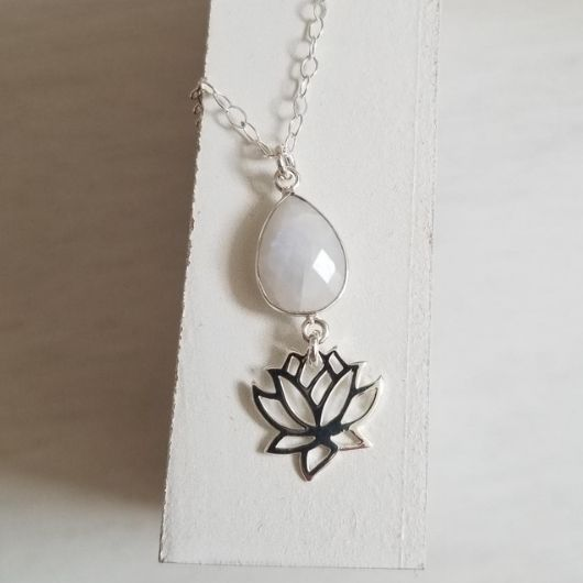 Sterling Silver Lotus Flower Necklace With Moonstone Fabulous