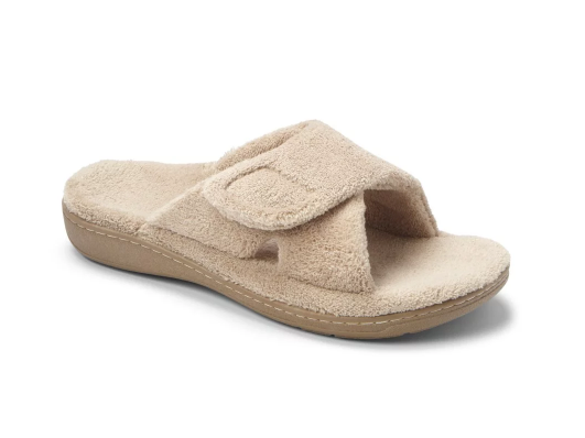 BEST SLIPPERS FOR ARCH SUPPORT