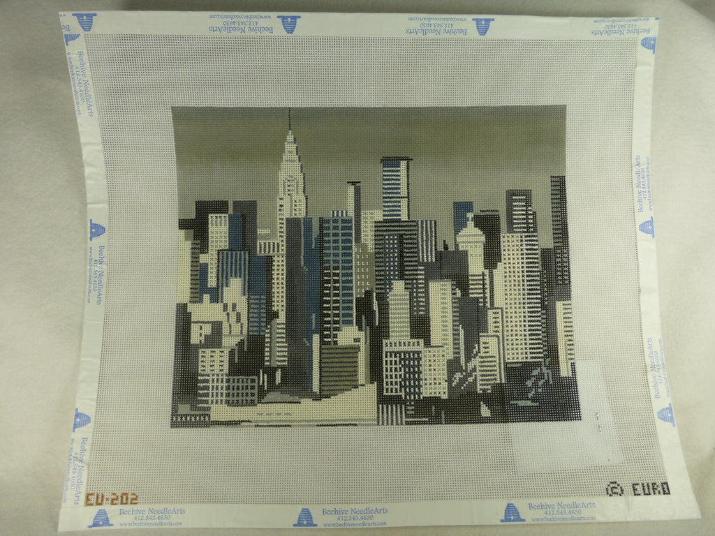 Julia's Needleworks EU202 New York City Skyline