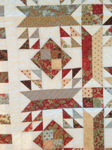 Load image into Gallery viewer, Lap Throw quilt