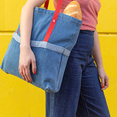 MEDIUM WASH DENIM TOTE