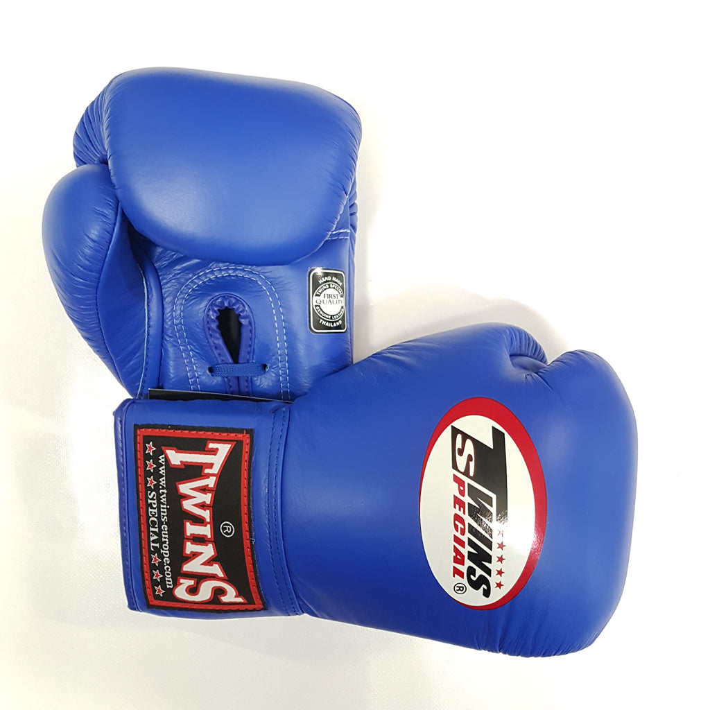 Twins Special Lace-Up gloves Canada BGLL-1 Muay Thai Boxing Gloves Blue