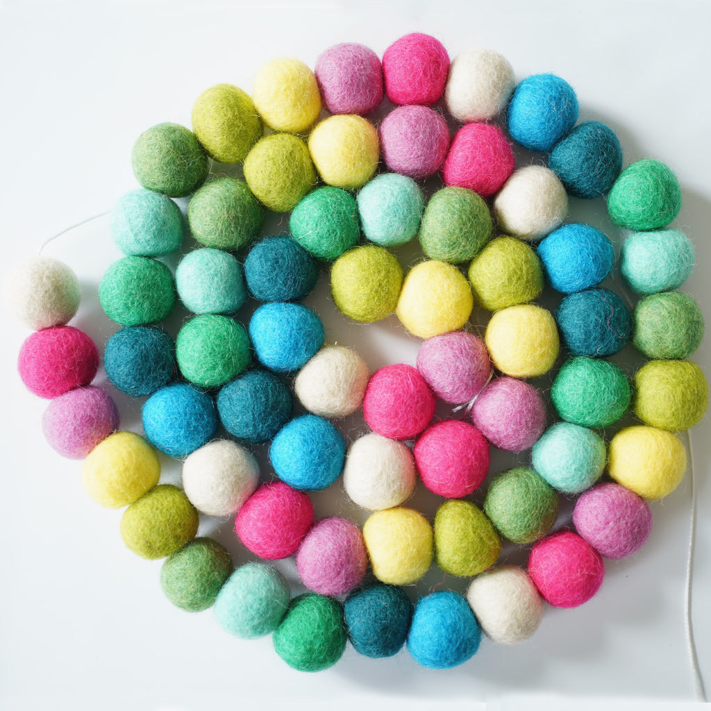 3cm Large Ball Garland - Candyland