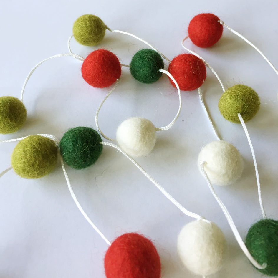 2cm Red, Green & White Felt Ball Garland 9ft