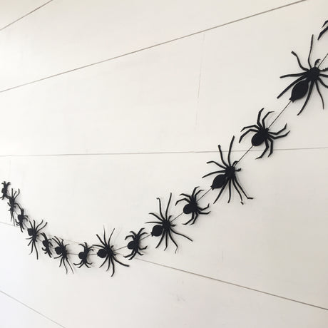 Spidery Garland