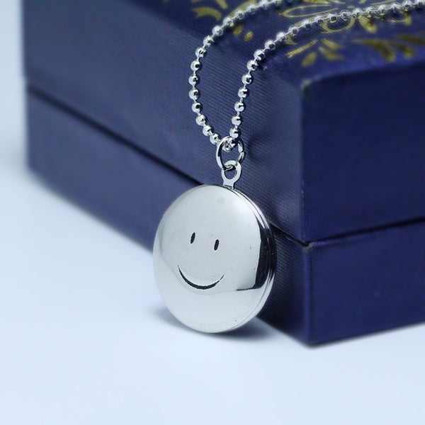 Smiling Face Locket Necklace - 2