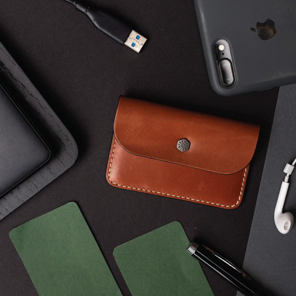 Slim Card Pouch, Tan - Jekyll and Hide SA