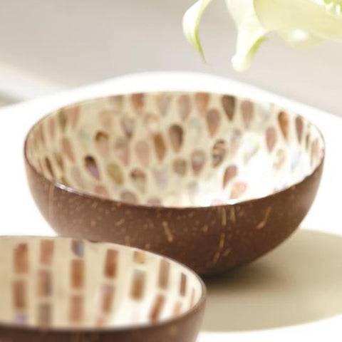 Mother of Pearl Coconut Bowl: Teardrops (Light)