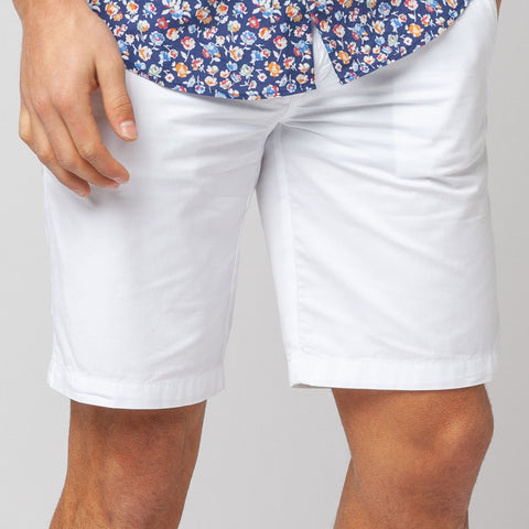 Bermuda Shorts: White