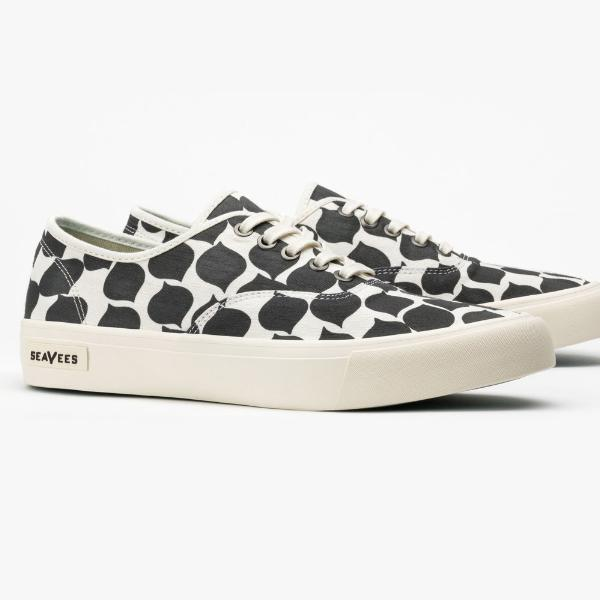 Legend Sneaker Mr. Turk: Black Leaf
