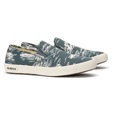 Baja Slip On Beachcomber: Navy Ocean Palm