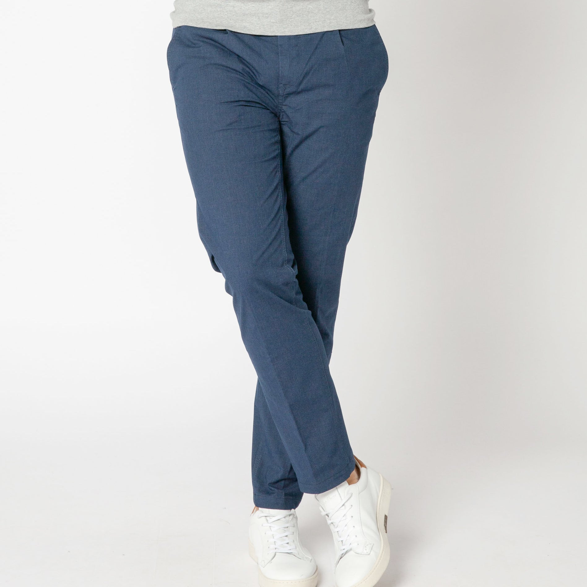 707 Cotton Chino Pant: Indigo