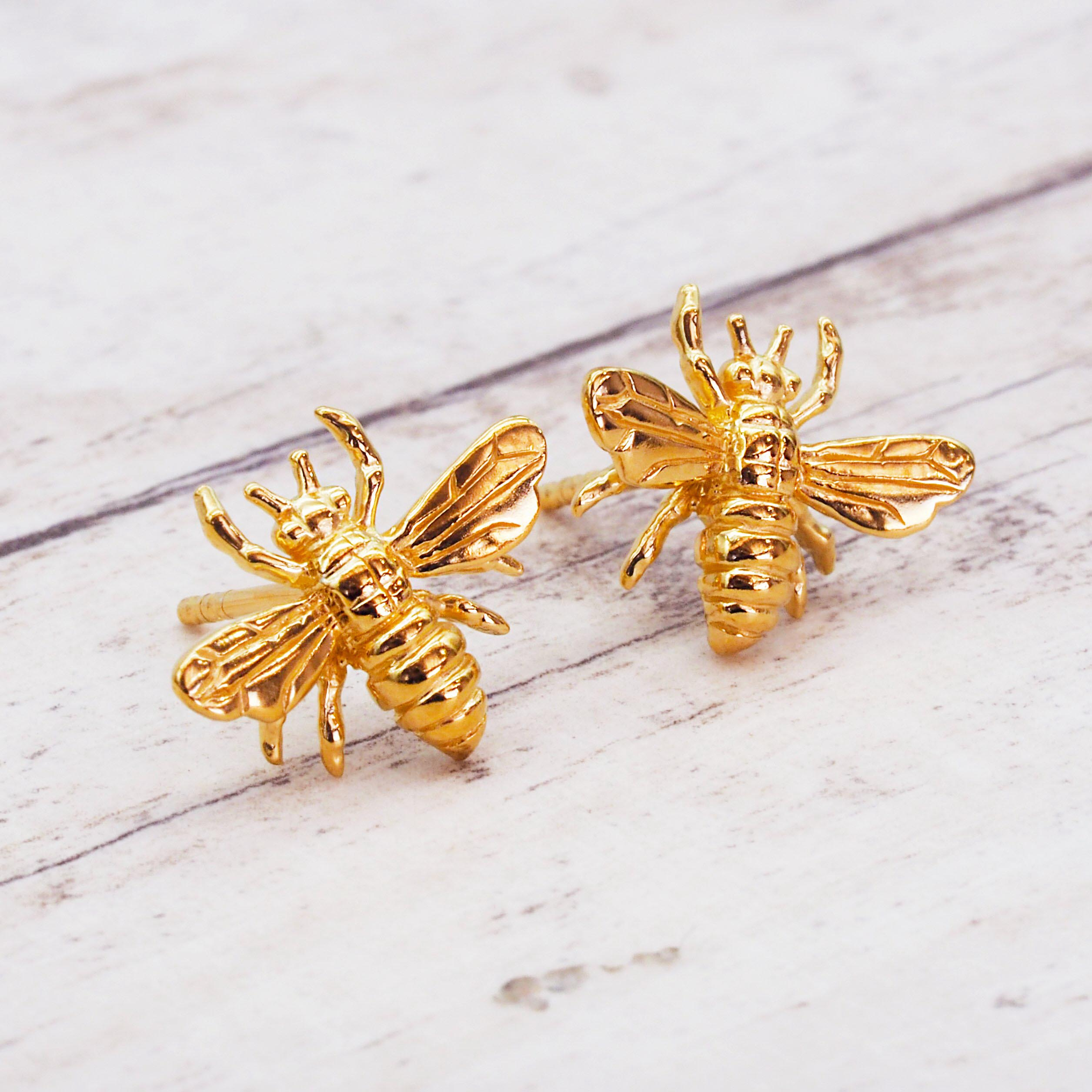 Dainty Gold Bee Studs