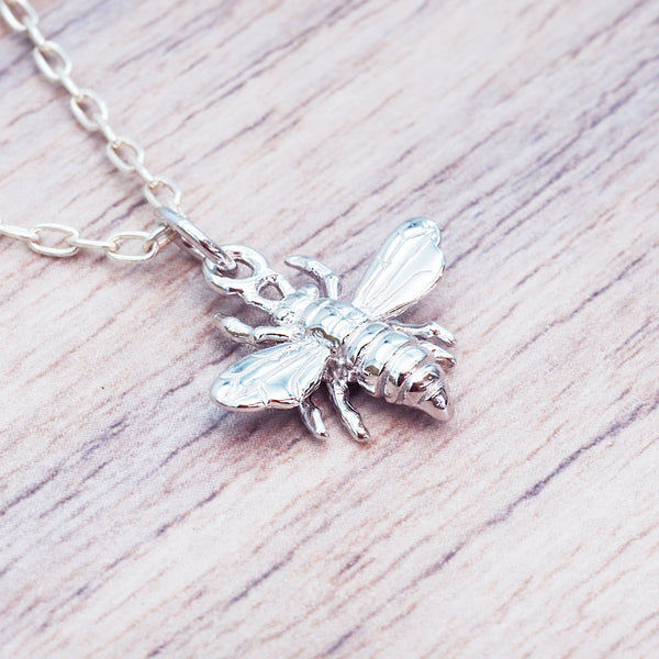 Dainty Silver Bee Pendant - Women's Jewellery - Indie and Harper
