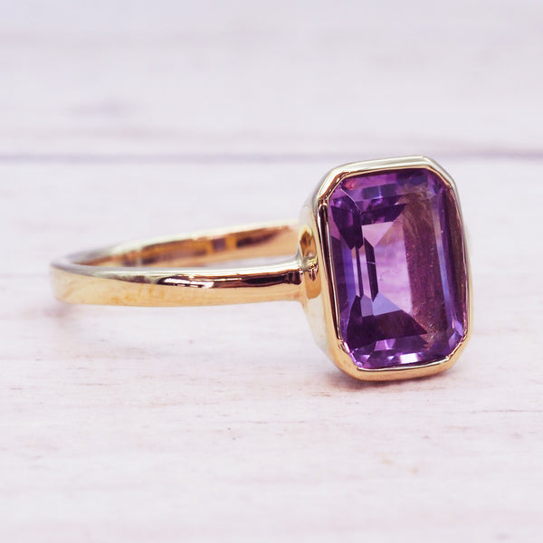 Gold Classic Amethyst Ring - Women's Jewellery - Indie and Harper