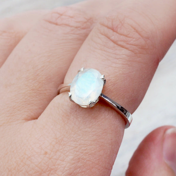 Moonstone Ovate Ring - Women's Jewellery - Indie and Harper