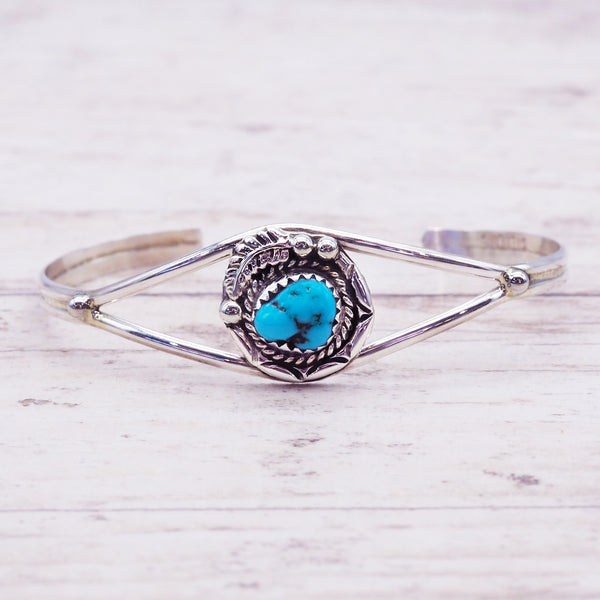Navajo Detailed Turquoise Cuff - Women's Jewellery - Indie and Harper