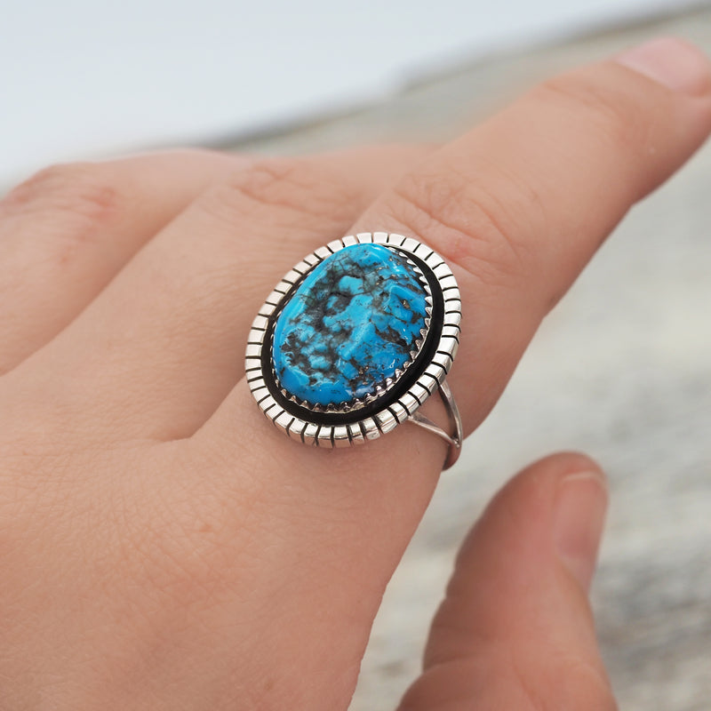 Navajo Raw Turquoise Ring - Women's Jewellery - Indie and Harper