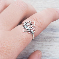 Silver Flower Crown Ring - Women's Jewellery - Indie and Harper