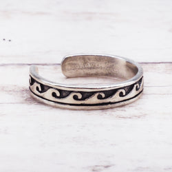 Silver Wave Toe Ring. Bohemian Jewellery. Indie and Harper