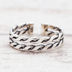 Twist Toe Ring. Bohemian Jewellery. Indie and Harper