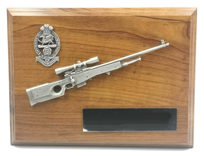 L96 SNIPER RIFLE and CAP BADGE Wooden Military Plaque