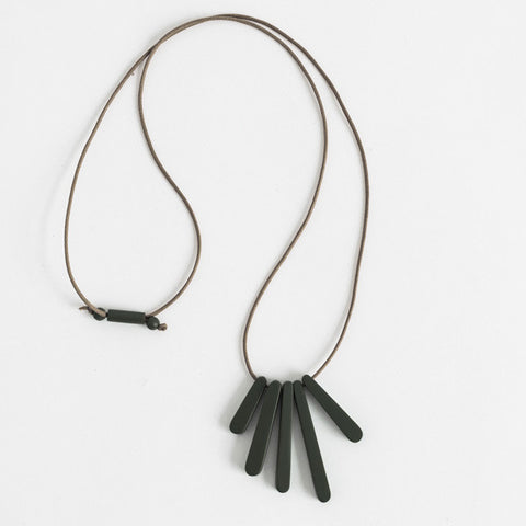 Bloom Necklace - Black