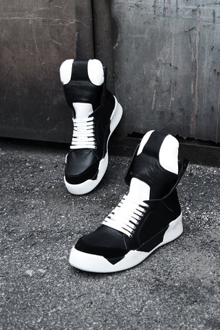 Panel Point Leather High Top Sneakers