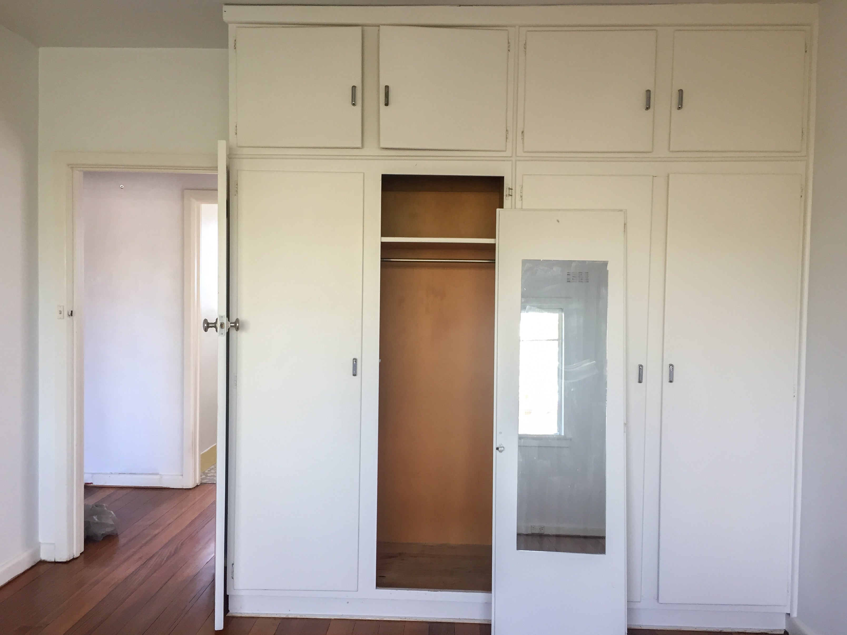 #littletoorak master bedroom wardrobe before