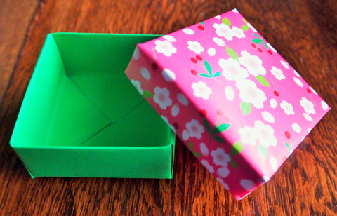 Pink and green cherry blossom origami gift box with lid